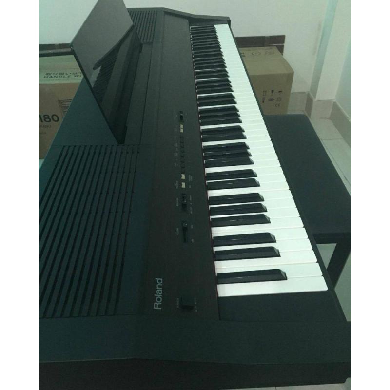 Đàn Piano Roland 3000s