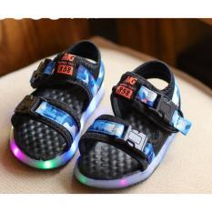Giày bé trai sandal 2 quai ngang có đèn SC017 (Xanh)