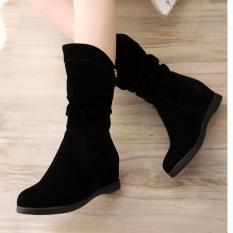 Giày boot nữ cổ lửng độn đế GBN12602 (Đen)
