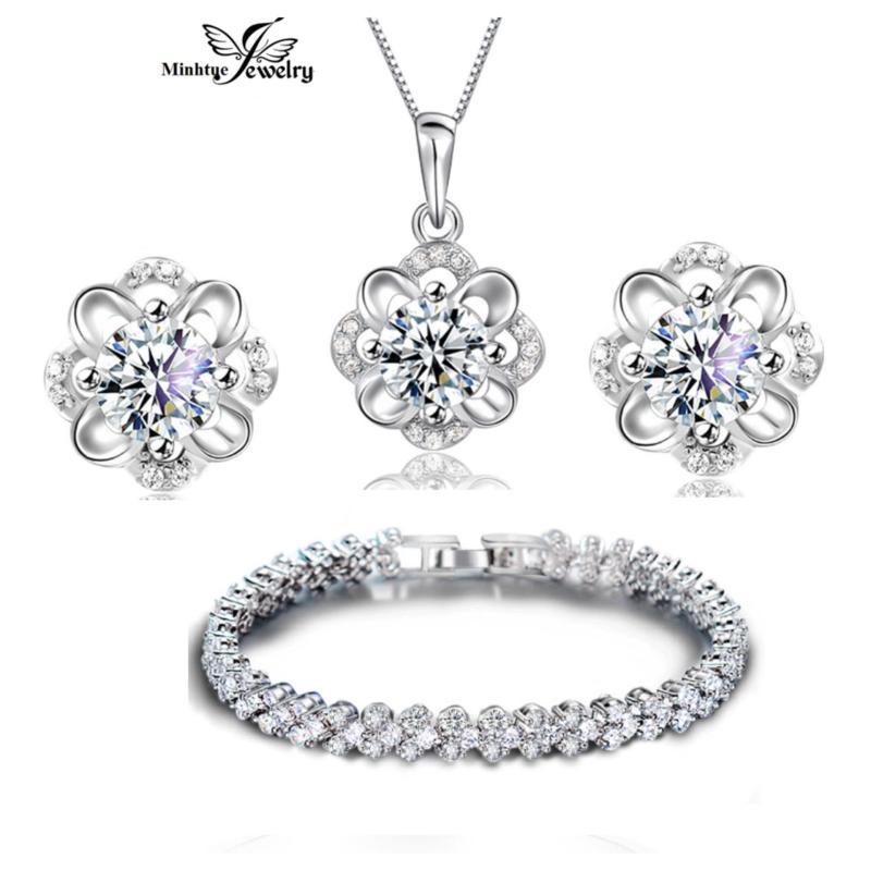 Bộ trang sức bạc 3 món đính đá MTJ02C