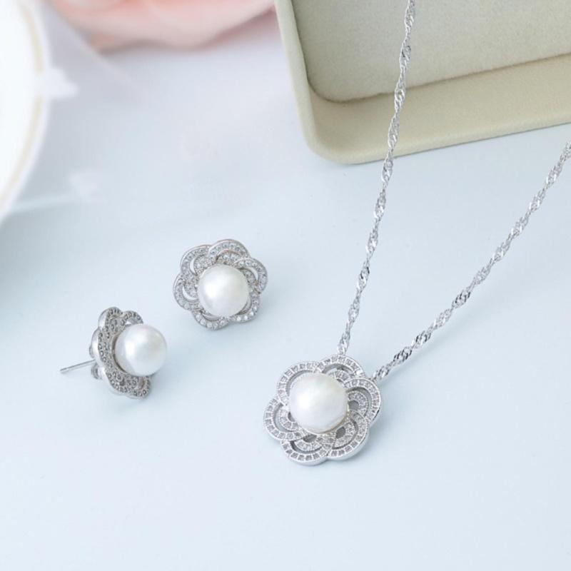 Bộ trang sức bông tai và dây chuyền ngọc trai Hàn Quốc