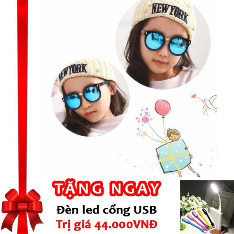 Giá bán Kính mát cho bé chống tia UV phong cách Hàn Quốc 2016 Korea kids F653 (Xanh) + Tặng đèn LED cổng USB
