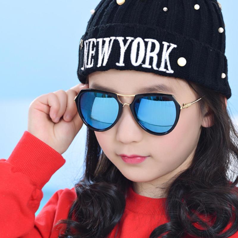 Giá bán Kính mát thời trang đa giác cao cấp dành cho bé yêu Kids Love Korea 2017 F215 (Xanh)