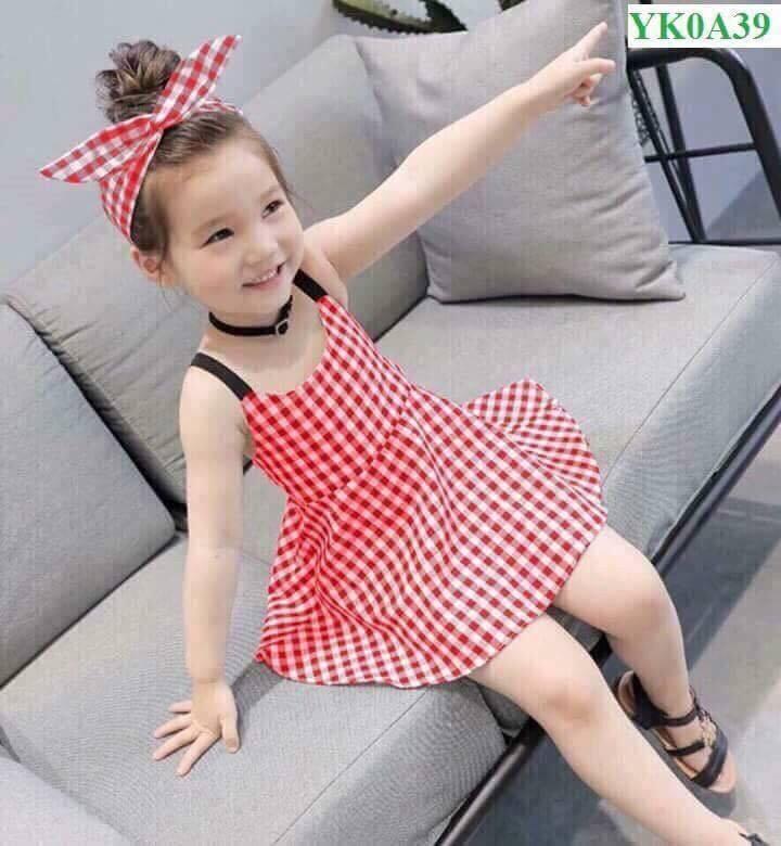 Váy thiết kế kẻ caro tặng kèm băng do cho bé gái. (1-6 tuổi)