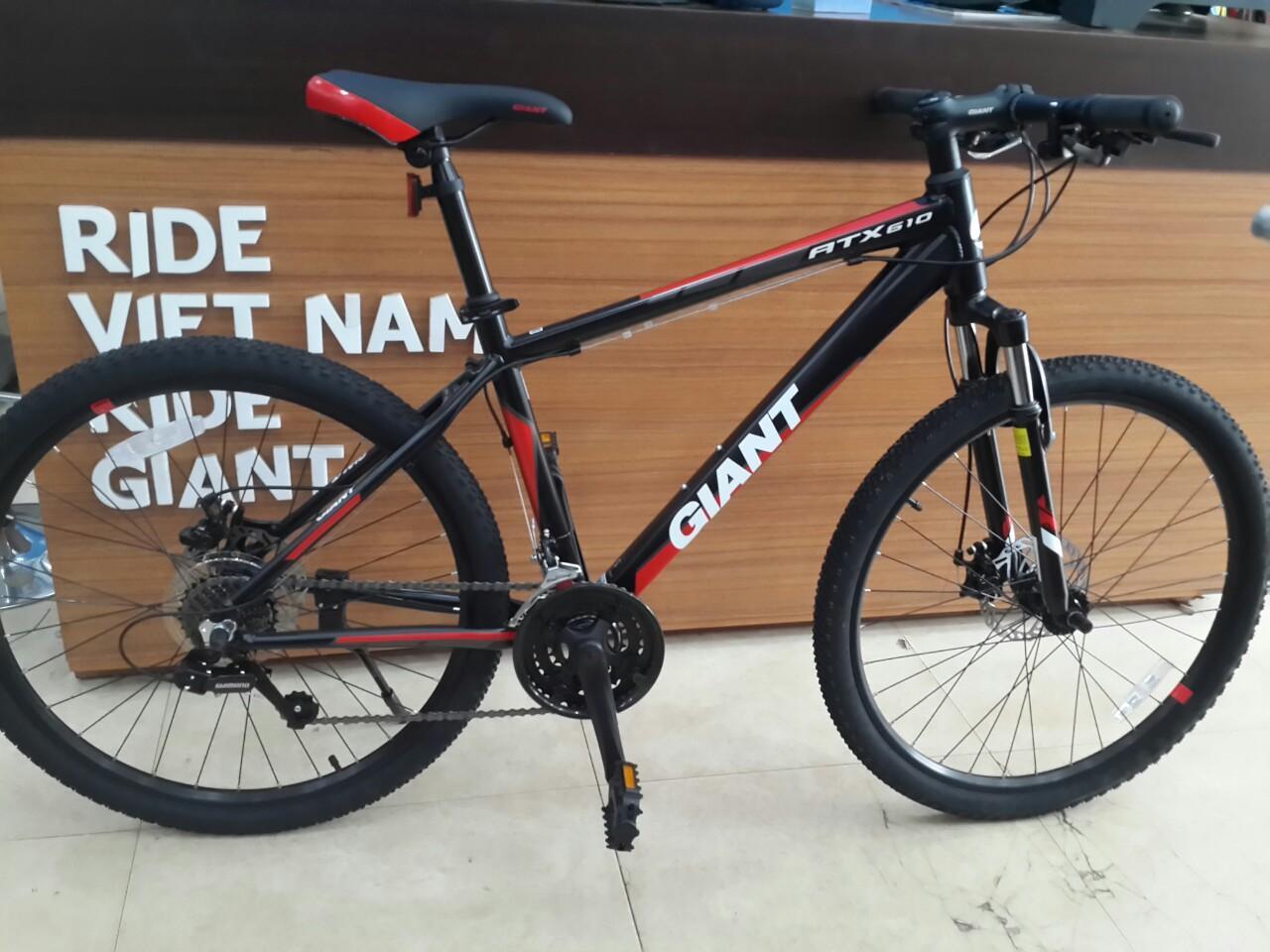xe đạp thể thao Giant ATX 610 2018
