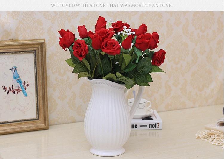Bình hoa gốm sứ