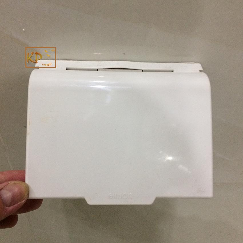 Mặt che nước cho ổ cắm điện (hình chữ nhật) simon 52154
