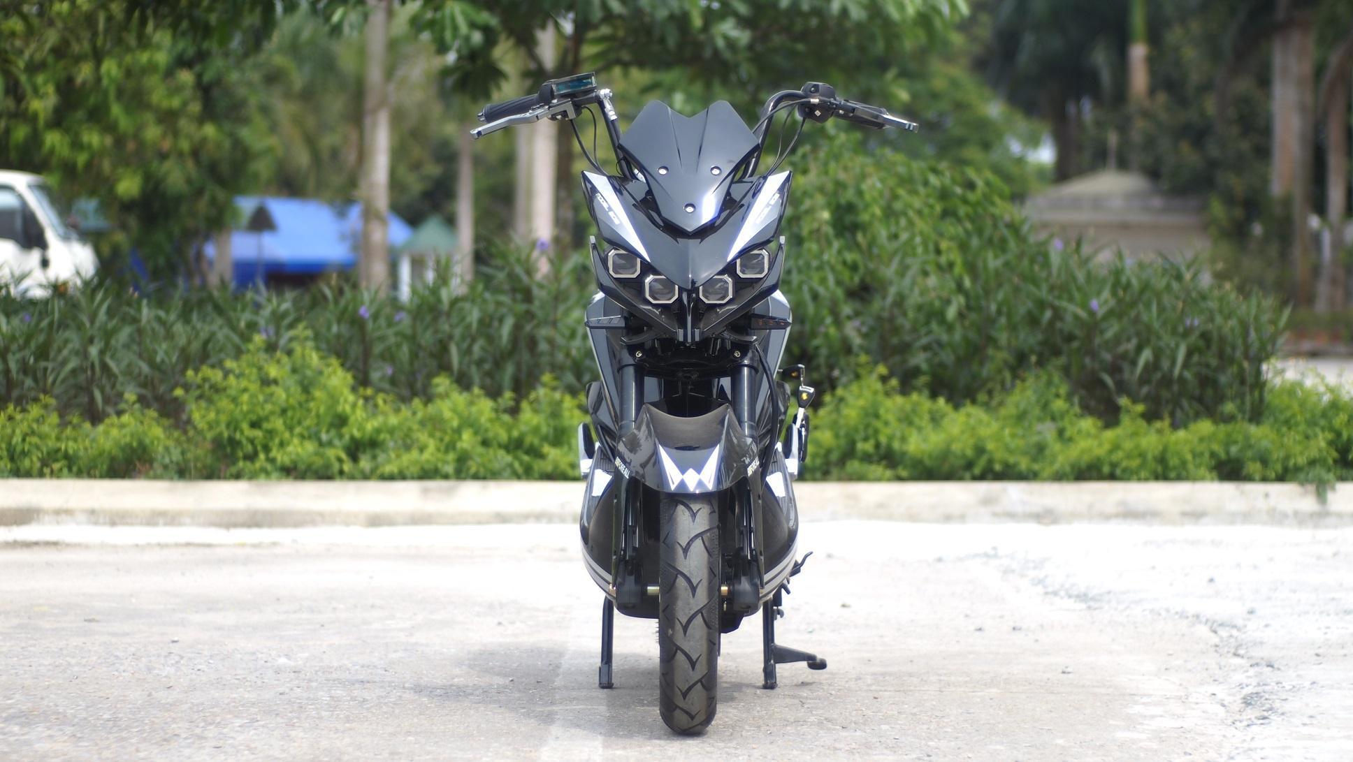 xe máy điện Jeek Batman