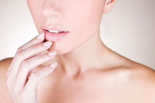 Son dưỡng môi có màu ChapStick Skin Protectant Classic Cherry 4g - 3