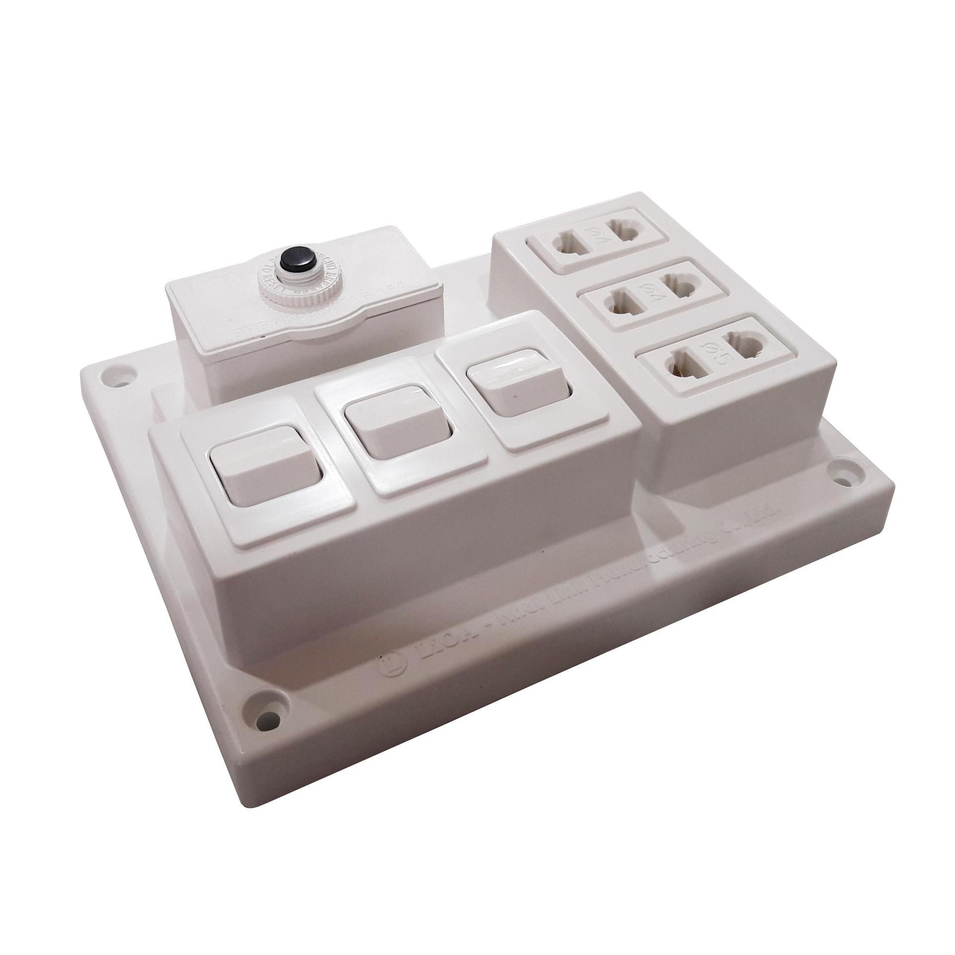 Hình ảnh Bảng điện nổi 15A có 3 ổ cắm 3 công tắc LIOA CB15A3C