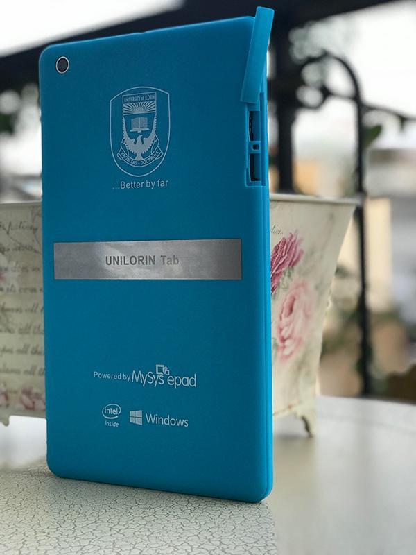 Máy tính bảng Unilorin Tab 8 3G