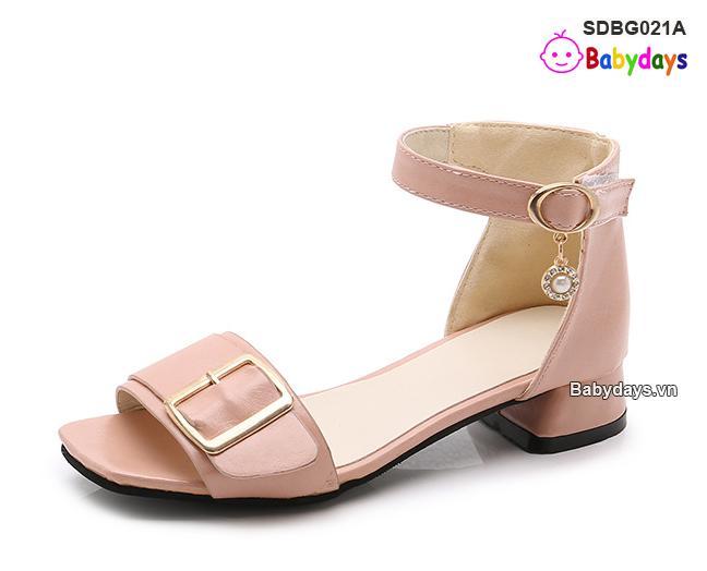 Hình ảnh Dép sandal cao gót cho bé SDBG021A