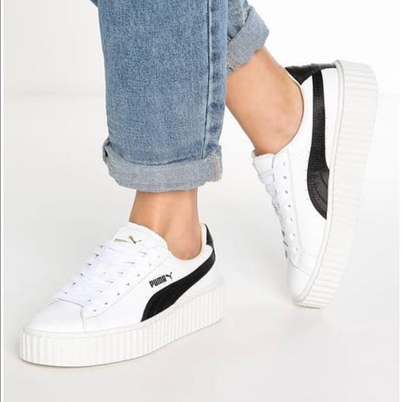 Hình ảnh giày thể thao puma BTS