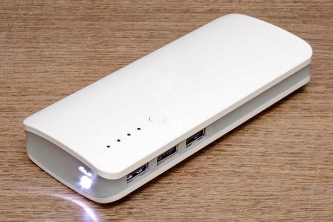 Hình ảnh Pin sạc dự phòng 3 cổng USB 20.000MAH - Hỗ trợ sạc nhanh