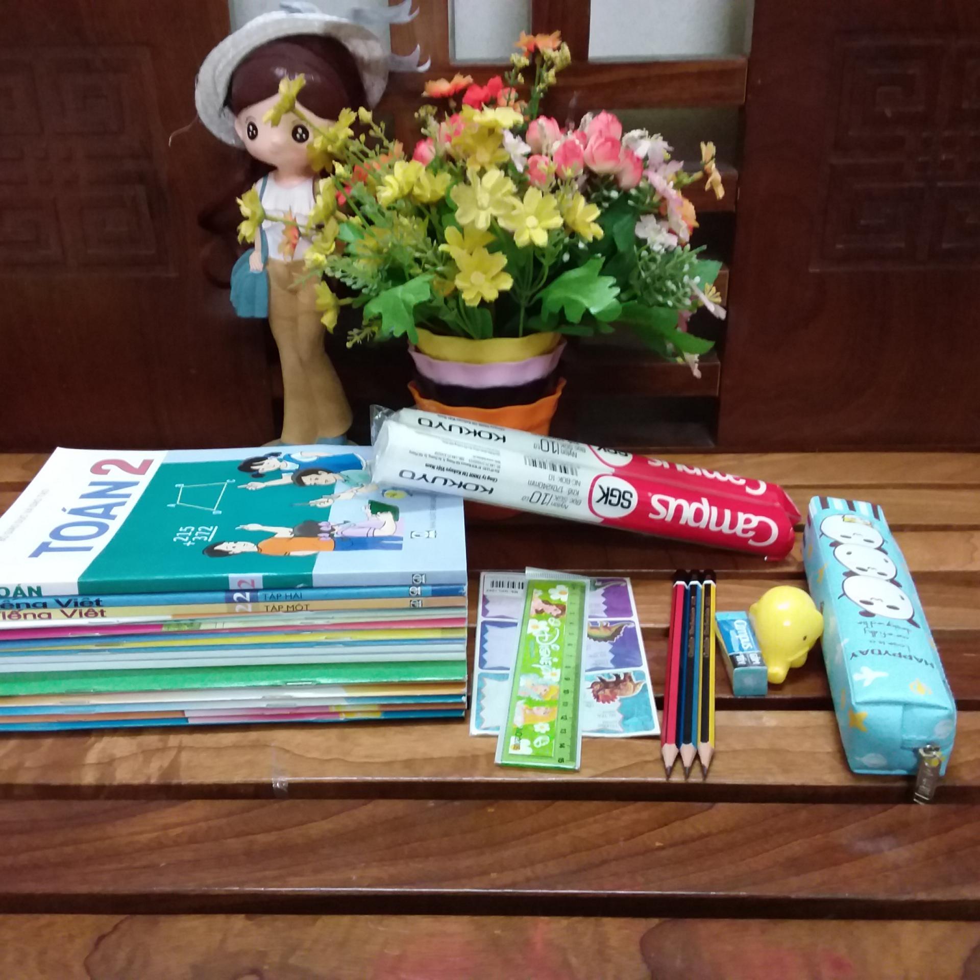 Mua Trọn Bộ Sách giáo khoa lớp 2 ( gồm 18 cuốn sách + kèm đồ dùng học tập)