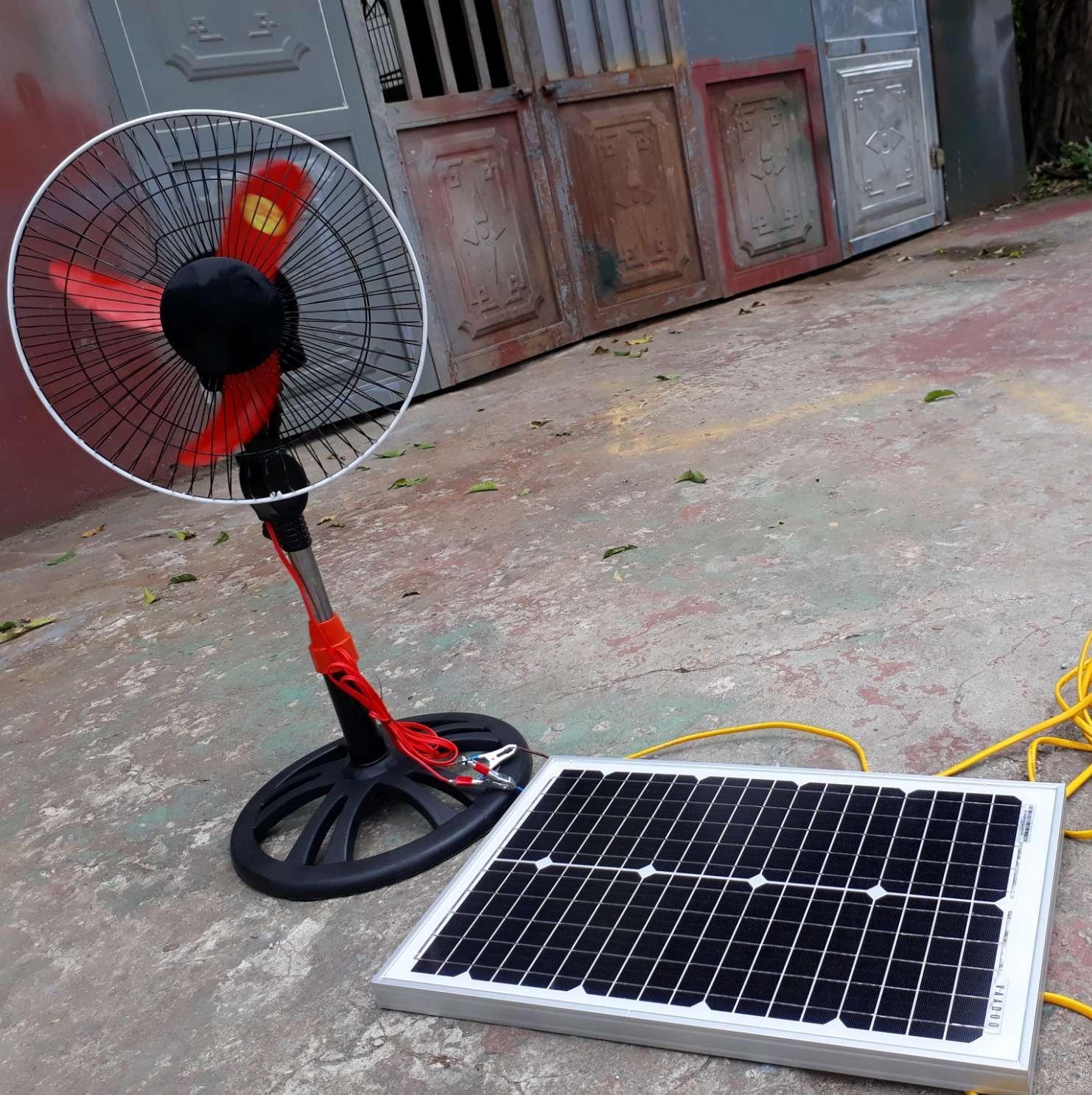 Hình ảnh Tấm pin năng lượng mặt trời 25W Mono + sạc 10a + quạt