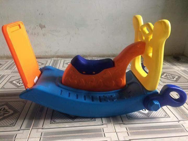 Hình ảnh Cầu trượt, bập bênh 3 trong 1 cho bé
