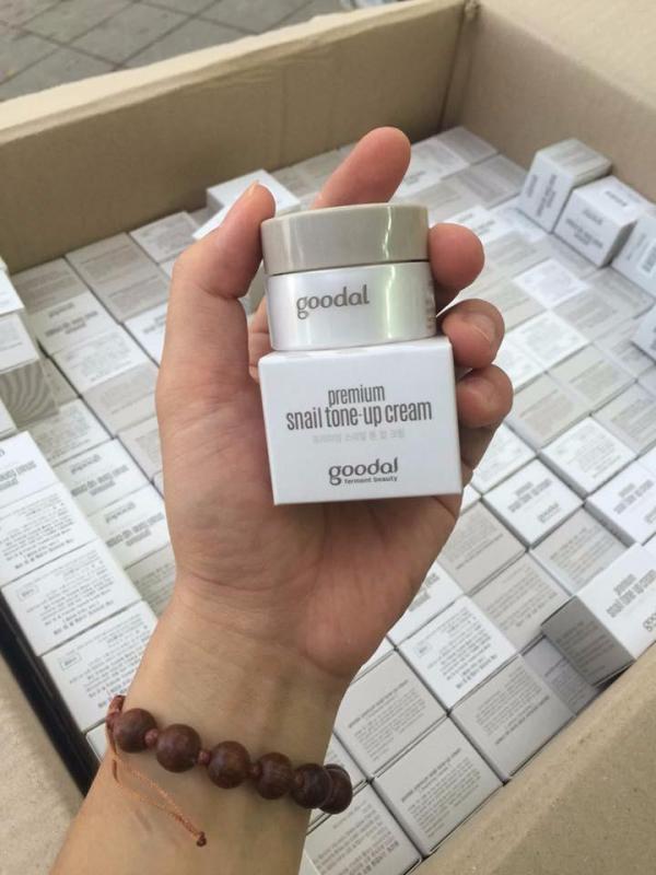Kem dưỡng ốc sên Mini Goodal Premium Snail Tone-Up Cream 10ml cao cấp