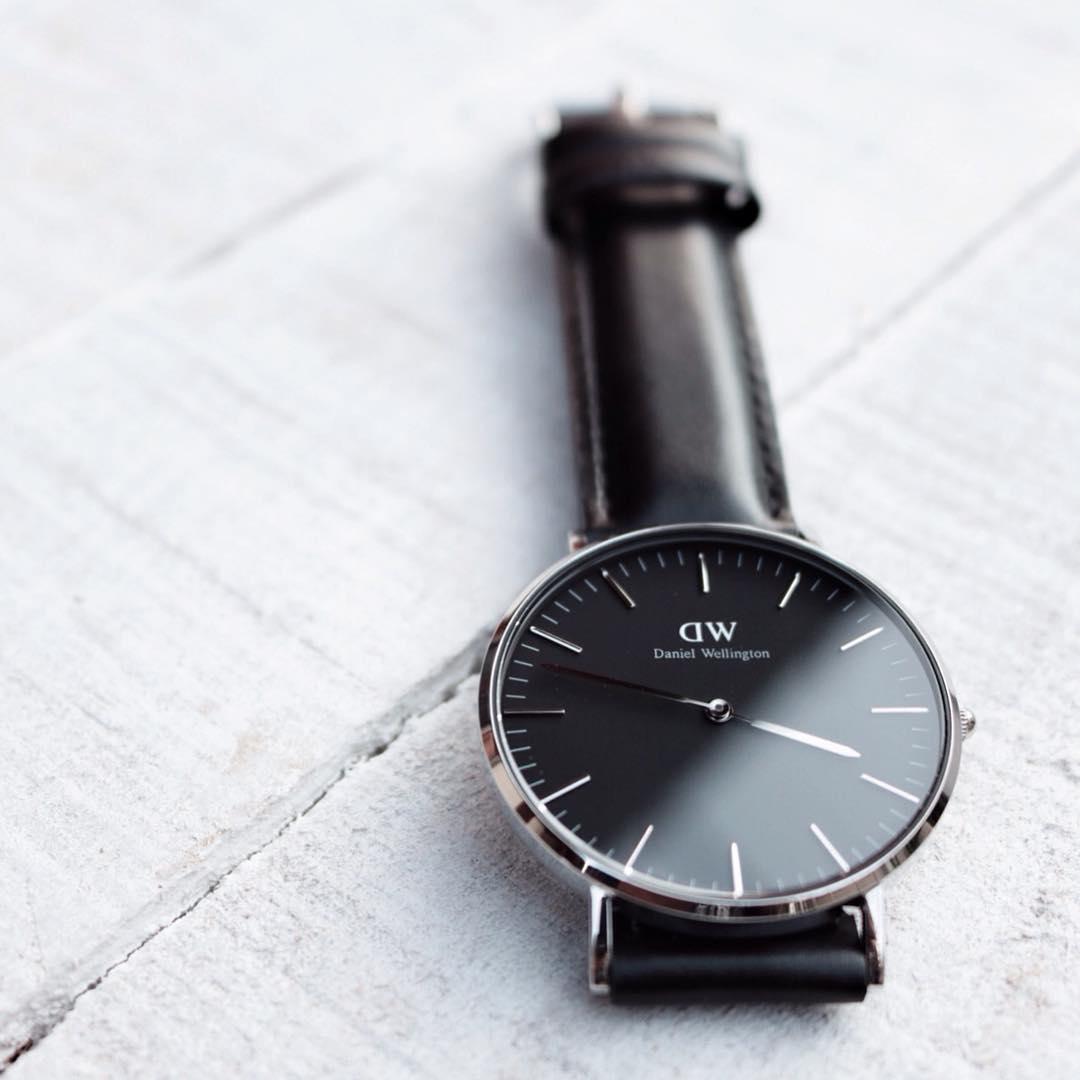 Hình ảnh Đồng hồ DW nam (Black Edition)