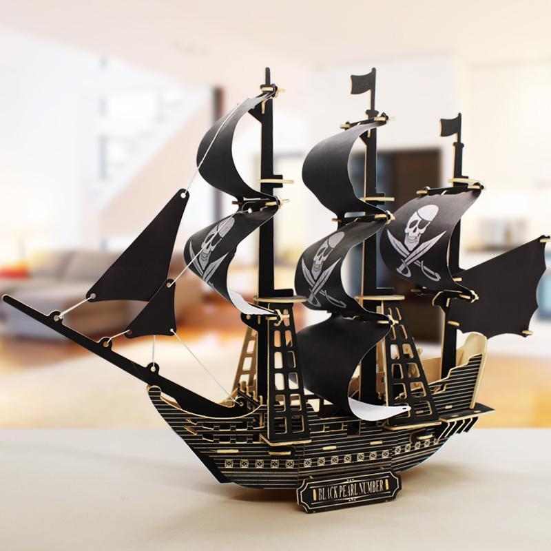 Hình ảnh Đồ chơi lắp ráp gỗ 3D Thuyền cướp biển Revenge Queen Black