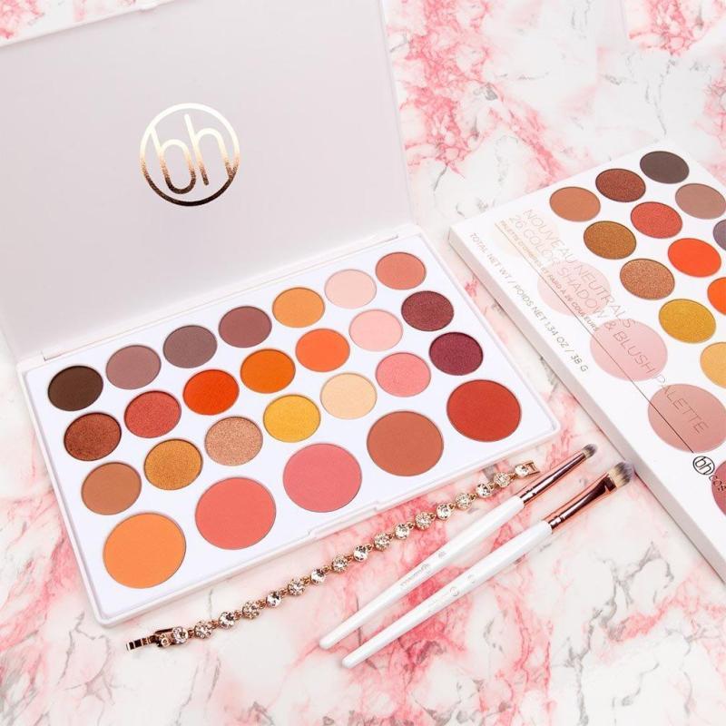 Bảng phấn mắt má hồng BH Cosmetics 26 ô Nouveau Neutrals Eyeshadow & Blush nhập khẩu