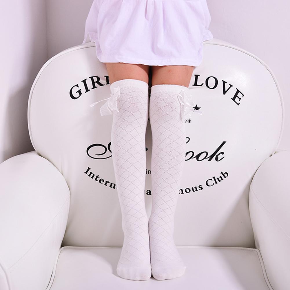 Katun Lembut Untuk Bayi Stoking Anak Lucu Renda Ikatan Simpul Manis Di Betis Lutut Kaus Kaki Tinggi Spesifikasi: 43 Cm Untuk 4-15 Tahun By Chesy.