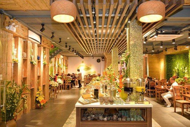 Buffet chay thanh tịnh tại Nhà hàng Buffet Chay Hương Thiền