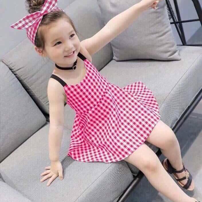 Váy thiết kế kẻ caro tặng kèm băng đo cho bé gái (1-6 tuổi)