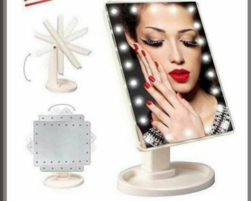 Gương trang điểm có đèn led 16 bóng cảm ứng để bàn (phiên bản mới, sáng hơn loại 22 bóng)