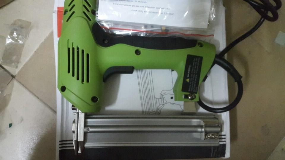 Hình ảnh Máy bắn đinh ghim hỗn hợp dùng điện 220V cả ghim thẳng F30 và đinh ghim U 4*10-4*22