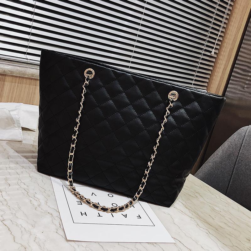 B: Big Book Bags Female 2019 New Style Fashion Korean Style Versatile Messenger Bag Shopping Bag Fashion Leisure Tote Bag
