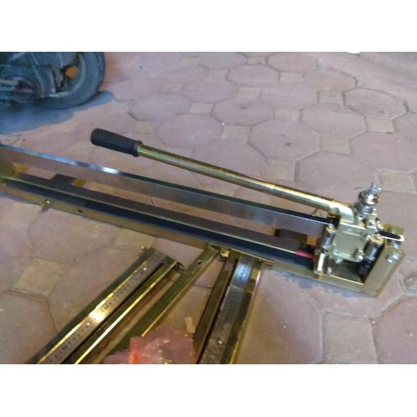 Hình ảnh Máy cắt gạch siêu cứng bàn đẩy UD 3388 (cắt 80cm)-xuất xứ Thái lan