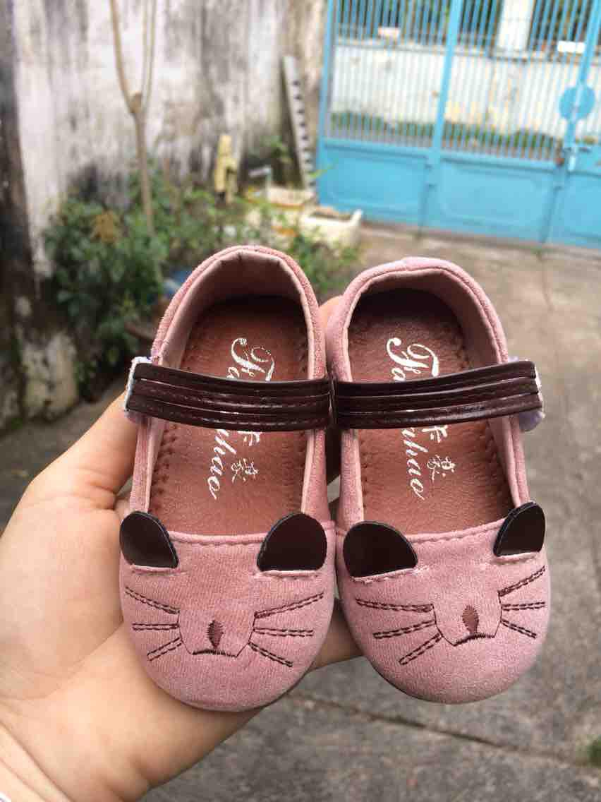 Hình ảnh Giày búp bê mèo bé gái