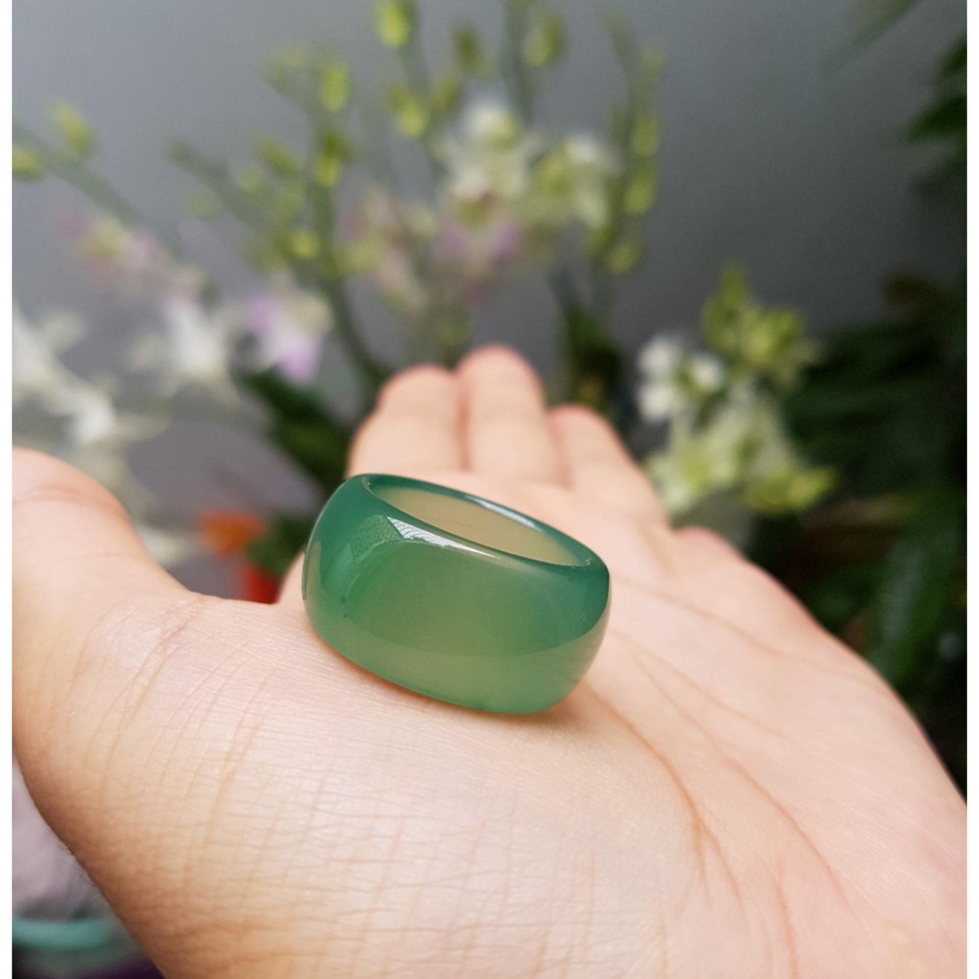 Nhẫn mã não xanh lá - xưởng buôn đá phong thủy Huỳnh Đào