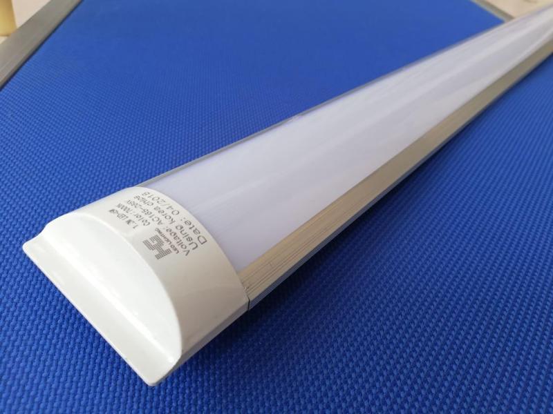 Combo 5 tuýp led bán nguyệt 1m2 45W ánh sáng trắng 6000K