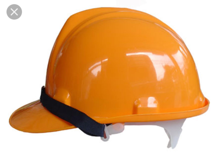 10 chiếc mũ bảo hộ công nhân vàng