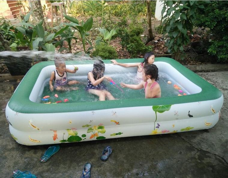 Hình ảnh Bể phao bơi 1m2 cho bé
