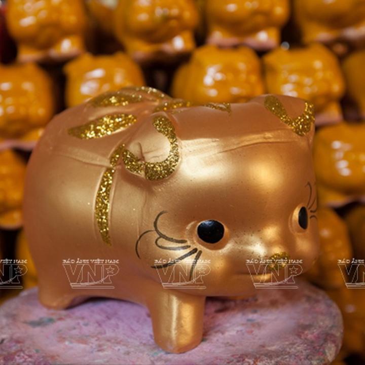 Hình ảnh Heo Đất - Lợn Đất Vàng tiết kiệm - size nhỏ