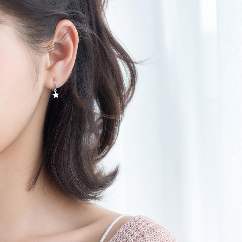 A'ROCH Perak S925 XINGX anting huggie wanita Gaya Korea Sederhana dan Elegan Bintang Lima