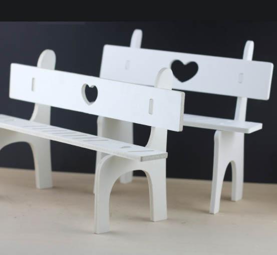 Hình ảnh Ghế dành cho búp bê kích thước 19,5cm bằng gỗ