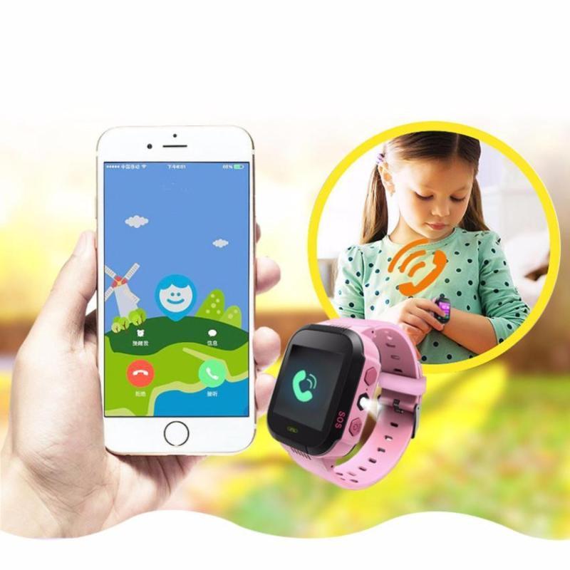 Đồng hồ định vị trẻ em GPS - Smart Watch Q528 Tracker GPS + tặng kèm chuột led M1 cao cấp bán chạy