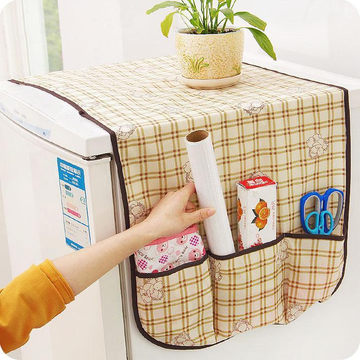 Hình ảnh Miếng phủ tủ lạnh ô vuông có túi (caro gấu)