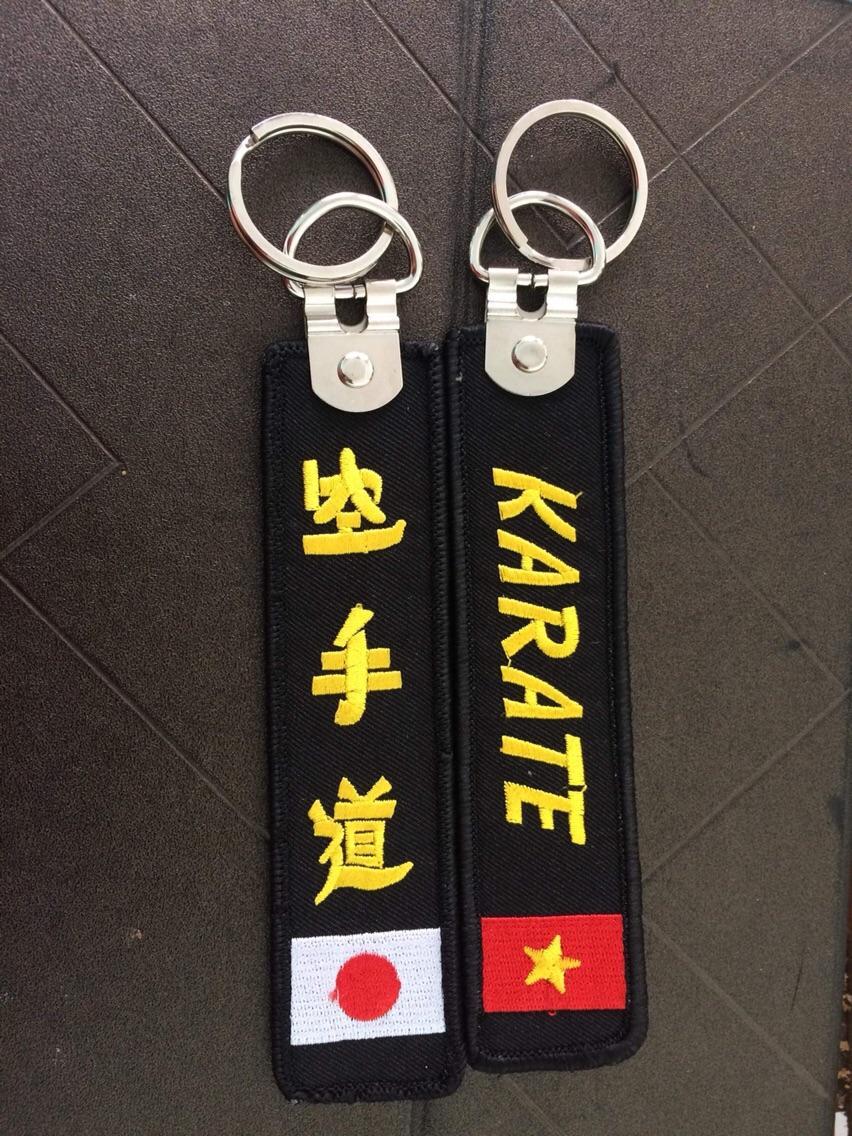 Hình ảnh Móc khoá thêu Karatedo