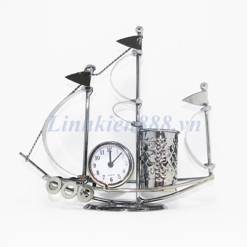 Đồng hồ báo thức hình con thuyền có ống đựng bút bán chạy