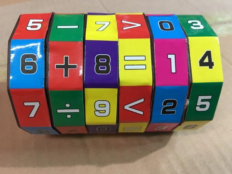 Hình ảnh khối RuBic toán học bảng tính