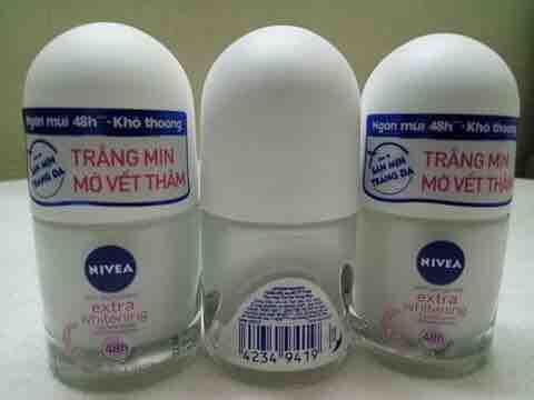 Hình ảnh Combo 3 chai lăn khử mùi nữ Nivea 12ml + Tặng kèm 1 túi đựng mỹ phẩm xinh xắn