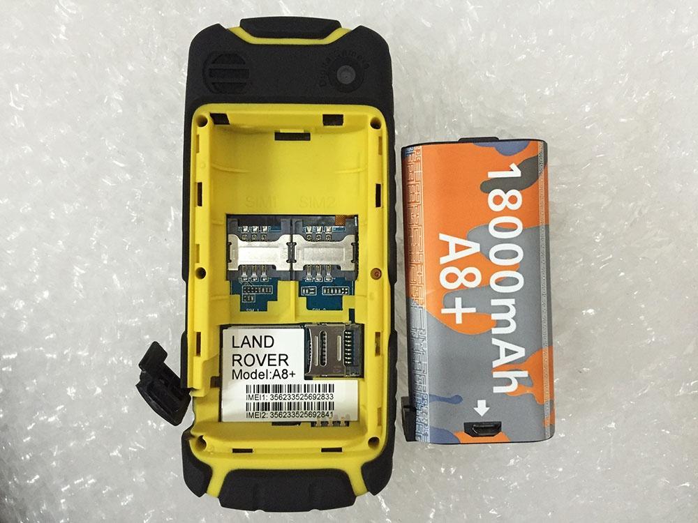 Điện thoại Land Rover A8+ 2