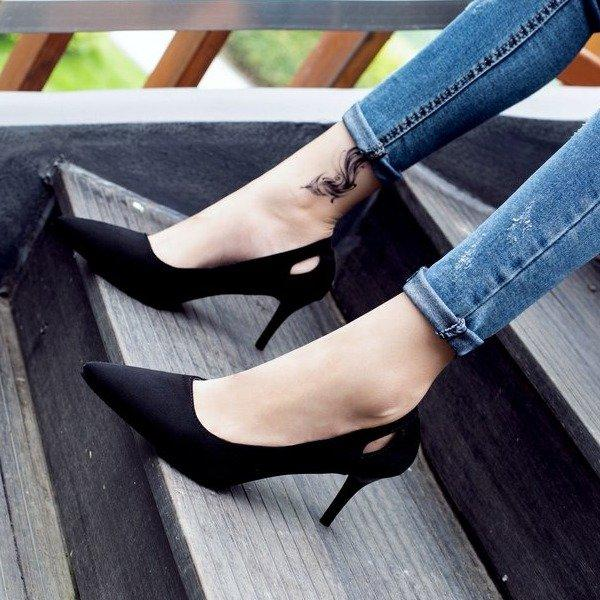 Shoe Nv Chun 2019 New Style Spring Versatile Korean Style Fairy Black High Heel Shoes Thin Heeled Pointed Shoes Work Shoes By Taobao Collection.
