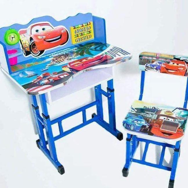 Bàn học sinh kèm ghế- chọn màu ko chọn hình