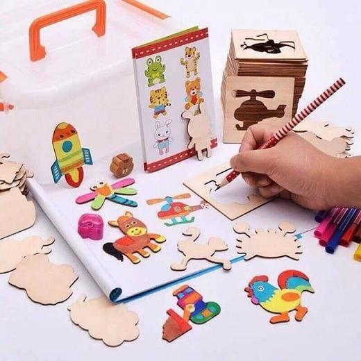Hình ảnh Bộ đồ chơi khuôn gỗ tập vẽ cho bé (52 khuôn)